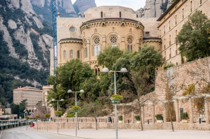 MONTSERRAT MOUNTAIN WITH VISIT TO THE MONASTERY PRIVATE TOUR